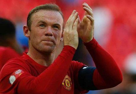 "Mourinho: ""Rooney van dang duoc CDV M.U ung ho"" - Anh 1"