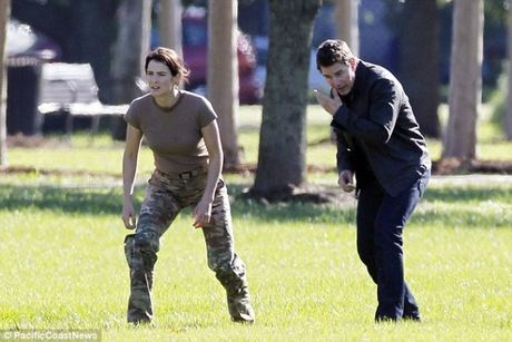 Man nhan xem Tom Cruise tung hoanh trong 'Jack Reacher: Never Go Back' - Anh 3