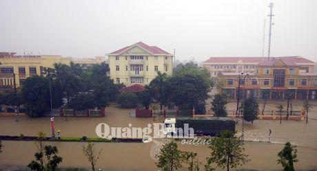 MobiFone mien phi 100 phut goi trong 5 ngay cho thue bao Ha Tinh, Quang Binh - Anh 1