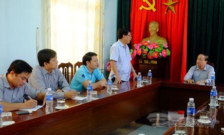 Quang Binh cuu tro khan cap cho nhan dan vung lu - Anh 5