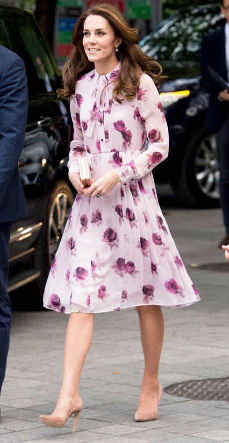 Cong nuong Kate Middleton mac dep nhat tuan - Anh 1