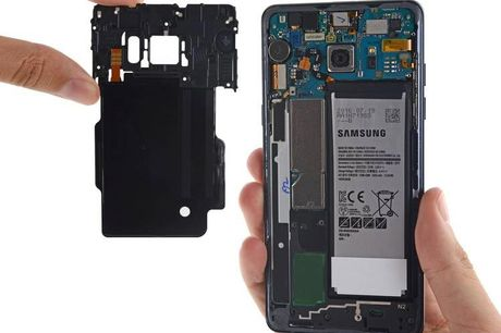 Lam nguoc doi thu, Samsung tu kiem nghiem pin Note 7 - Anh 1