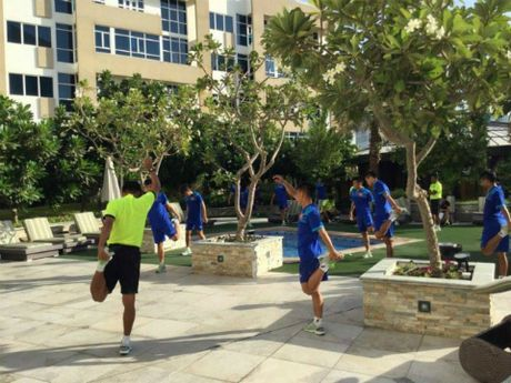U19 Viet Nam gui loi 'gan ruot' ve que nha - Anh 3
