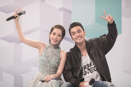 Chi Pu diu dang khi lam MC chuong trinh 'Giong hat Viet nhi 2016' - Anh 6