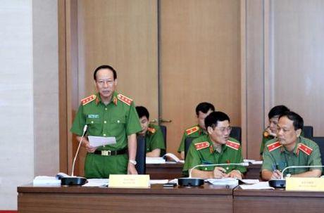 Sau vu Yen Bai, DBQH de nghi thu hep dien cap sung - Anh 2