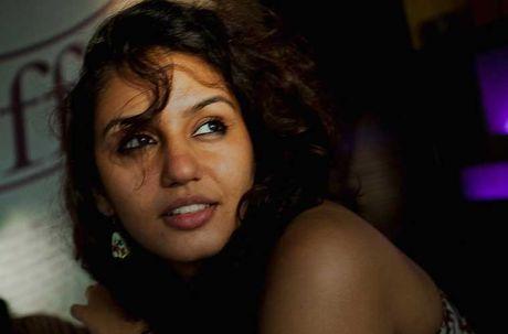Cuoc song hau truong cua cac ngoi sao Bollywood - Anh 10
