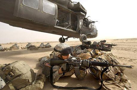 Quan doi My nhan truc thang UH-60M Black Hawk thu 1.000 - Anh 3