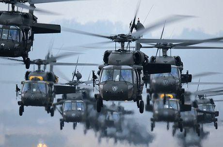 Quan doi My nhan truc thang UH-60M Black Hawk thu 1.000 - Anh 5