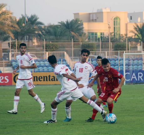 Xem lai chum anh Ho Minh Di na dai bac, Viet Nam cam hoa UAE o VCK U19 chau A - Anh 2