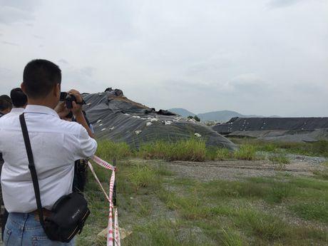 Tiep tuc xu ly dioxin o Da Nang de mo rong san bay - Anh 2