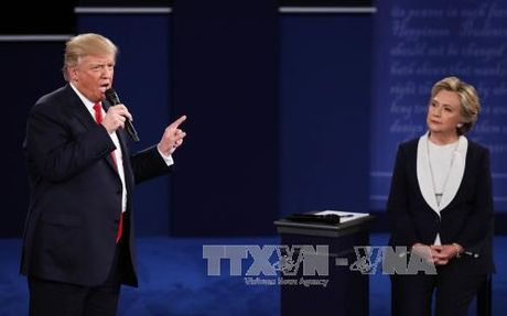 "Ong Trump va ba Clinton chuan bi gi cho tran ""so gang"" cuoi cung? - Anh 1"