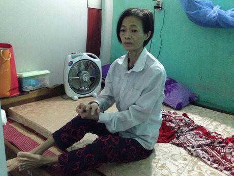 Khon cung me don than ung thu va con suy than het sach tien dieu tri - Anh 1