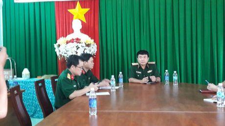 Pho tong tham muu truong truc tiep chi dao tim kiem may bay roi - Anh 1