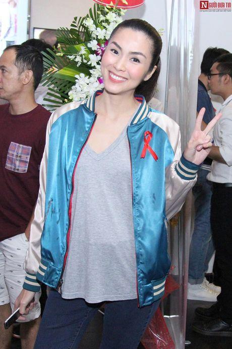 Tang Thanh Ha an mac gian di, doi mua di su kien cung dan sao - Anh 2