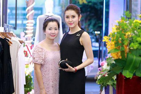 Su that bat ngo dang sau 'be do khung' cua A hau Huyen My - Anh 2