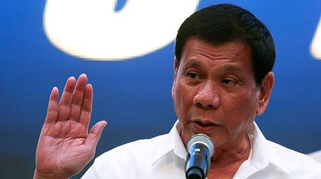 'Rodrigo Duterte noi lai quan he voi Trung Quoc luc nay la qua thong minh' - Anh 1