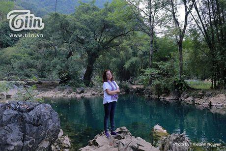 Chom lanh, len Cao Bang ngam sac xanh cua nuoc - Anh 10