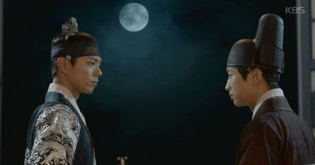 'Thai tu' Park Bo Gum bi dau doc khong ro song chet - Anh 5