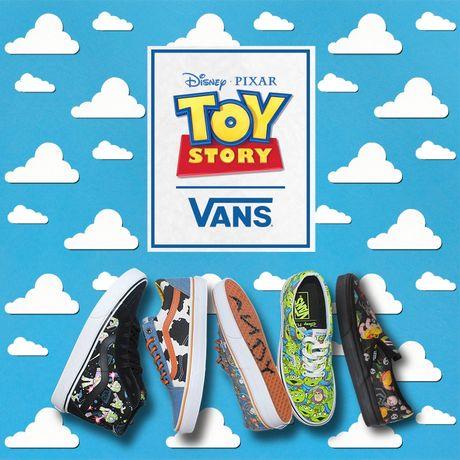 Da xac dinh ngay len ke BST Vans Toy Story! - Anh 1