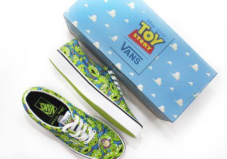 Da xac dinh ngay len ke BST Vans Toy Story! - Anh 9