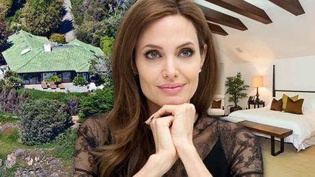 Angelina Jolie va nam con lan dau xuat hien sau ly hon - Anh 2
