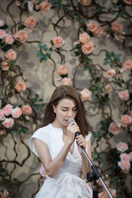 Tra Ngoc Hang ra MV chi... 10 trieu dong - Anh 4