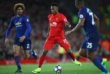 Liverpool 0-0 M.U: Co mot Sturridge toi tam, nhu tuong lai cua anh… - Anh 1