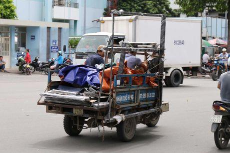 'Xe tu than' cho ton thep van tung hoanh khu Cho Lon - Anh 9