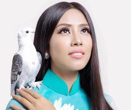Ban thi Miss Grand, Nguyen Thi Loan van keu goi ung ho mien Trung - Anh 2