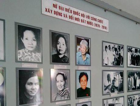 Nhieu hoat dong y nghia nhan Ngay Phu nu Viet Nam - Anh 3