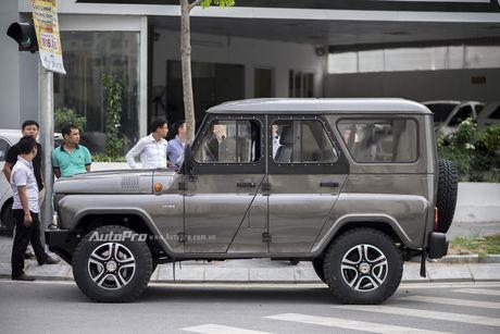 Chi tiet xe SUV Uaz Hunter re hon Kia Morning tai Viet Nam - Anh 2