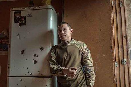Can canh 'quan tinh nguyen' Ukraine ngoai chien tuyen - Anh 8