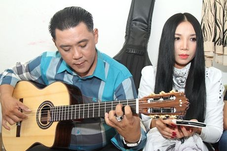 Nu hoang phong tra Quynh Lan ve nuoc tham gia Tinh Khuc Vuot Thoi Gian - Anh 2