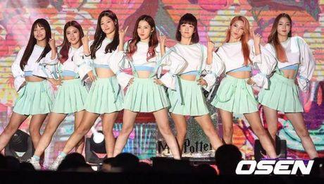 Ca khuc nhac phim thon thuc long Fans nu K-POP tai le hoi Busan One Asia Festival 2016 - Anh 1