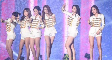 Ca khuc nhac phim thon thuc long Fans nu K-POP tai le hoi Busan One Asia Festival 2016 - Anh 5