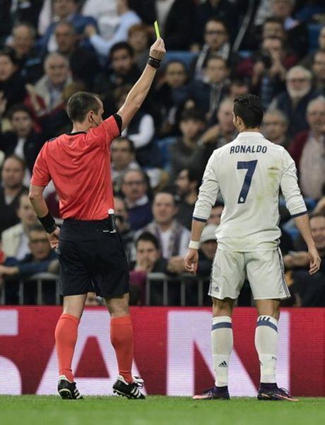 """Real Madrid """"nghien nat"""" Legia Warsaw o Bernabeu - Anh 2"""