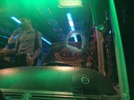 Bi nem da tren cao toc Ha Noi – Hai Phong, tai xe trong thuong - Anh 1