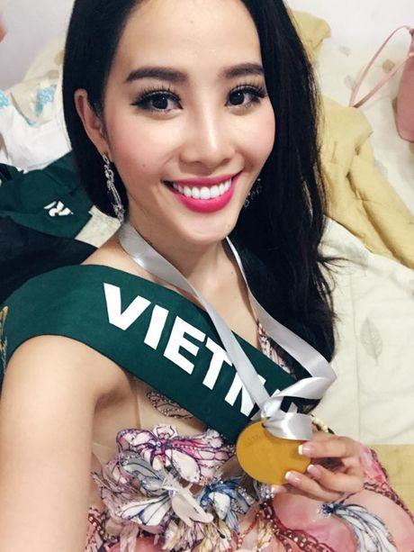 Nam Em dat huy chuong Bac thi tai nang tai Miss Earth 2016 - Anh 1