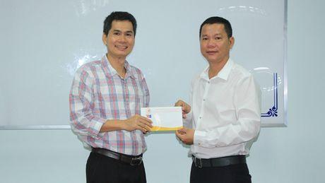 Tam long vang ung ho nguoi dan vung ron lu - Anh 1