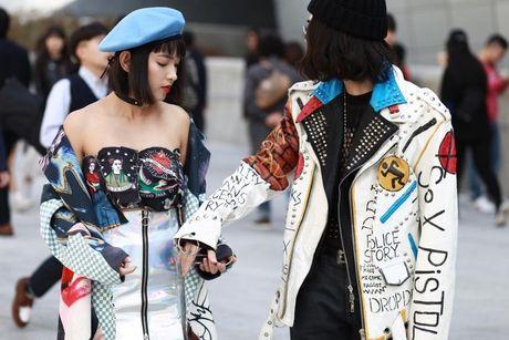 Loat fashionista Viet 'oanh tac' Seoul Fashion Week 2017 - Anh 4