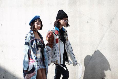 Loat fashionista Viet 'oanh tac' Seoul Fashion Week 2017 - Anh 5