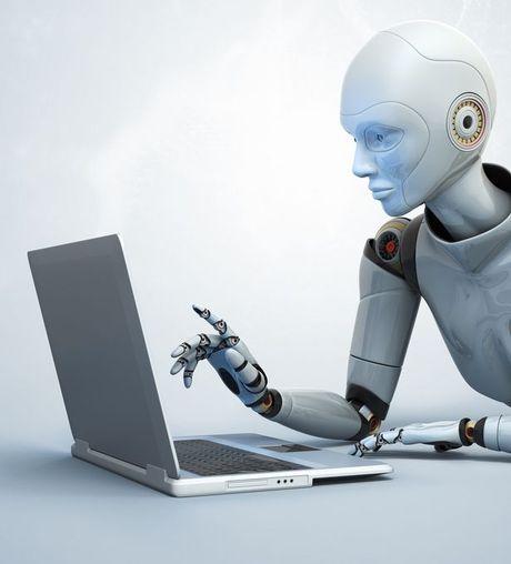 Hang thong tan lon nhat cua Anh se dung robot de viet tin - Anh 1
