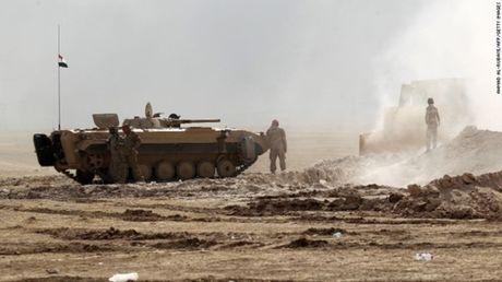Chao lua Mosul soi suc trong chien dich giai phong - Anh 2