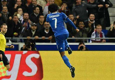 Cuadrado lap cong, Juventus thang toi thieu truoc Lyon - Anh 1