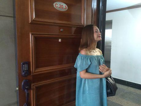 Lan Phuong bien hoa thanh gai que trong 'No la con toi' - Anh 4