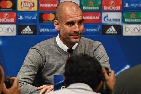 """Guardiola: """"Toi biet phai lam gi khi doi dau Barca"""" - Anh 1"""