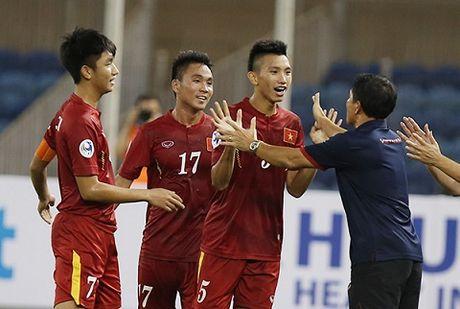U19 Viet Nam: Quang ganh lo di ma vui song - Anh 2