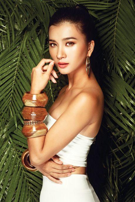 Kim Tuyen tung 'vu khi bi mat' - Anh 2