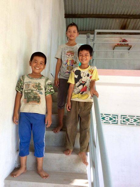 Nha Chong Lu - Nhung ngoi nha phao do da cuu rat nhieu gia dinh trong dot lu nam nay - Anh 10