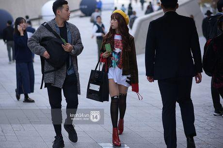 Doc quyen: Street style chat lu tai Tuan le thoi trang Seoul - Ngay 2 - Anh 12